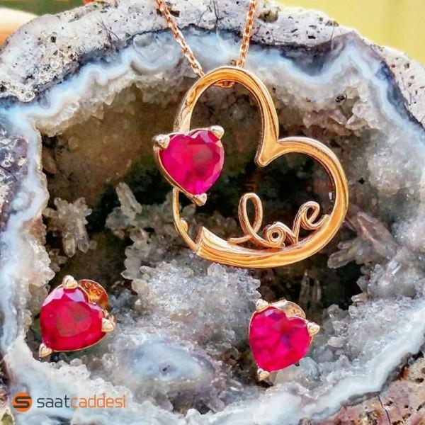 925 Ayar Love Yazılı Kalp Kolye Küpe Seti Sevgiliye Hediye