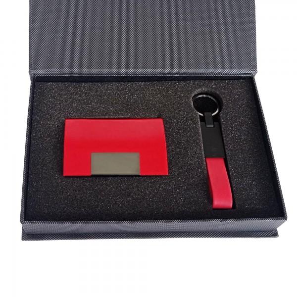 Özel Tasarım Kutusunda Kırmızı Kartvizitlik ve Anahtarlık Seti