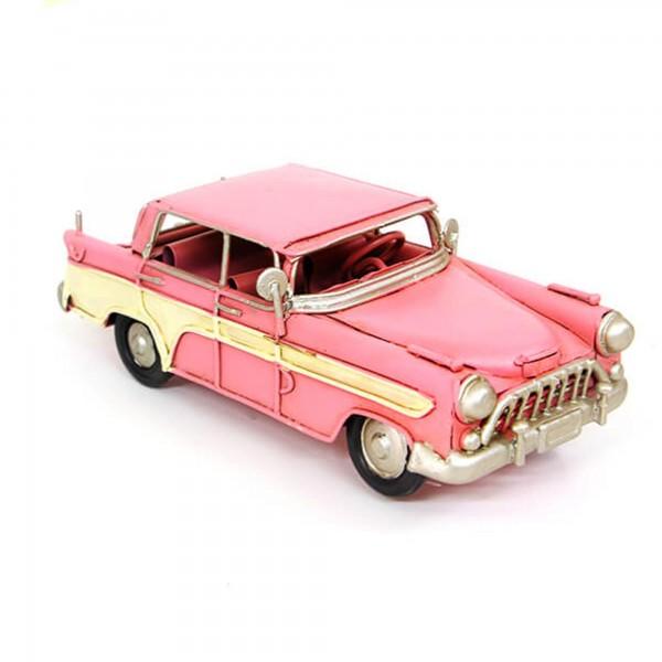Dekoratif Nostaljik Metal Pembe Chevrolet Klasik Araba