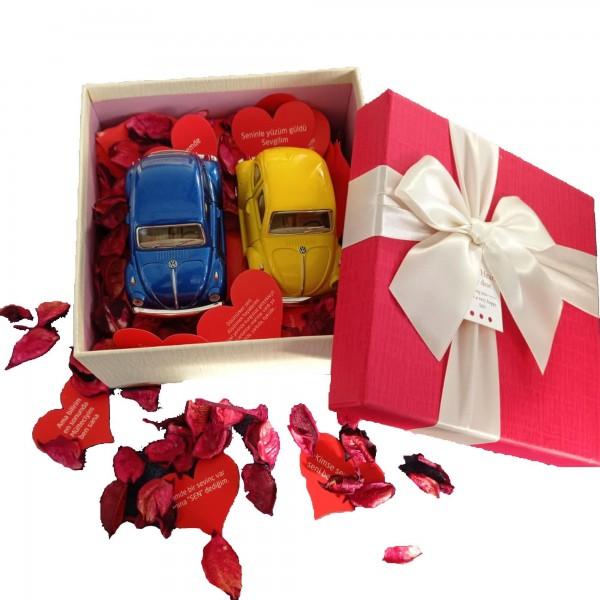 Özel Tasarım Kutusunda 2'li Mini Vosvos ve 365 Gün Aşk Kartları